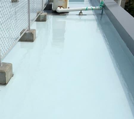 防水層の施工