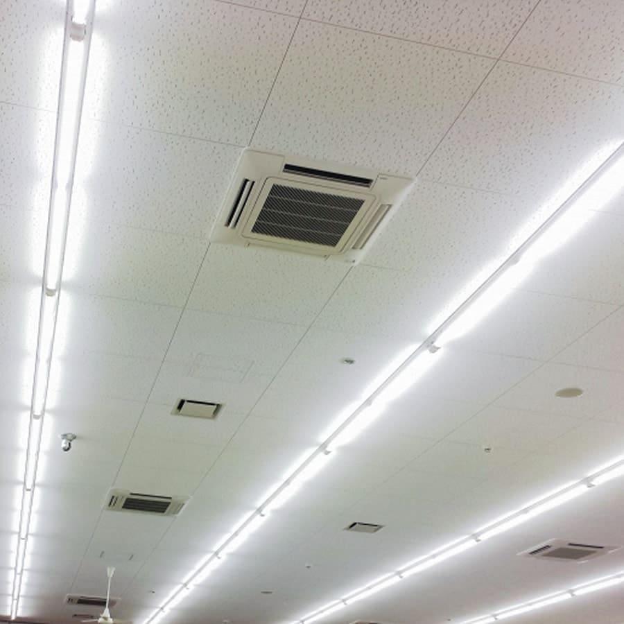 天井のゆがみなど