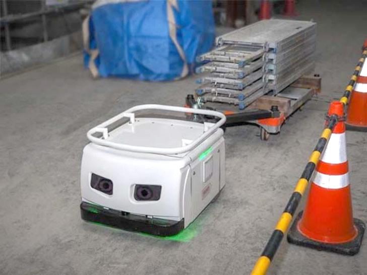 自律運転ロボット